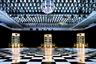 Звуковая система Despacio, созданная в 2013 году, представляет собой семь колонн-колонок по 3,5 метра высотой. Ее создатель — диджей Джеймс Мерфи, фронтмен LCD Soundsystem.