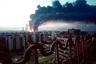Непосредственно бомбардировкам Югославии предшествовали долгие годы внутреннего межнационального конфликта. Он получил толчок еще при существовании Социалистической Федеративной Республики Югославия (СФРЮ, 1945-1992 годы). Тогда страна была поделена на шесть республик (Словения, Хорватия, Босния и Герцеговина, Сербия, Черногория, Македония), при этом в Сербии отдельно выделялись два автономных края: Воеводина, а также Косово и Метохия. В последнем большинство населения составляли албанцы, среди которых периодически вспыхивали демонстрации и националистические волнения.