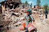 В январе 1999-го в ходе столкновений у села Рачак погибли 45 албанцев. По утверждению сепаратистов и западных наблюдателей, это были мирные жители, которых югославские солдаты просто-напросто казнили. Армия, в свою очередь, утверждала, что те погибли в бою. Именно этот инцидент в итоге стал формальной причиной для начала операции НАТО, обвинившей власти Югославии в этнических чистках в Косове.