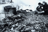 Несмотря на бомбардировки, югославские власти продолжали наступление на позиции АОК, захватив большинство из них. На перемирие они пошли лишь 3 июня. Бомбардировки были прекращены 10 июня после подписания соглашения между представителями югославской армии и стран НАТО.  <br></br> По разным данным, жертвами конфликта стали от 250 до 1000 югославских солдат, а также около 500 гражданских. Еще более 10 тысяч человек получили ранения, а сотни тысяч стали беженцами. НАТО же потеряла двух военнослужащих, при этом произошло это во время тренировочного вылета вертолета. <br></br> За 78 дней авиация альянса совершила более 35 тысяч вылетов, было сброшено и выпущено более 23 тысяч бомб и ракет.