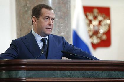 Медведев уверил, что в Российской Федерации регулирования интернета помодели Китая небудет