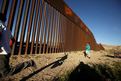 Трамп пригрозил закрыть границу США