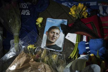 Смерть Салы: пилот неимел права управлять самолетом из-за дальтонизма