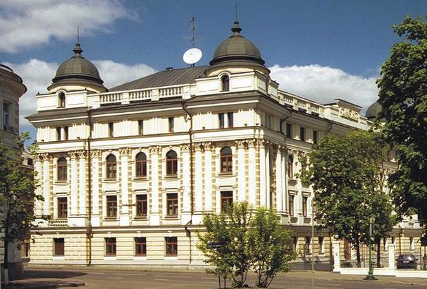 Административное здание банка «Альба Альянс»