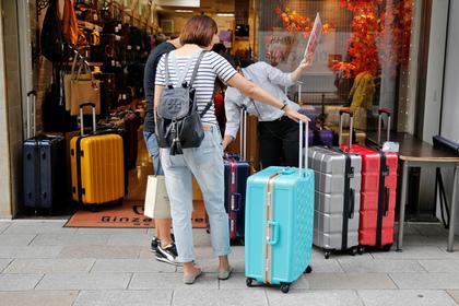 Названы самые невоспитанные туристы в мире