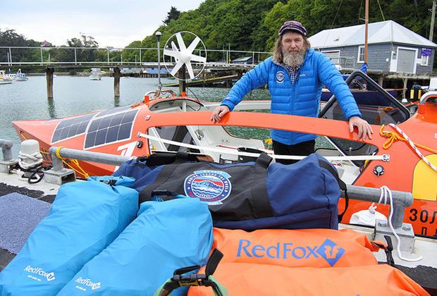 Подготовка к одиночному переходу на весельной лодке «АКРОС»