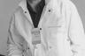 В многочисленных интервью Булдаков не раз подчеркивал сложность своего творческого пути. Уроженец Алтайского края окончил театральную студию при Павлодарском драмтеатре, отслужил в армии и играл в театрах Павлодара, Томска, Рязани, Караганды. Он рассказывал, как в Казахстане совмещал сцену с работой на тракторном заводе, а после переезда в Петербург несколько лет существовал на грани выживания и иногда был вынужден ночевать на вокзалах.