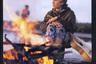 Несмотря на многочисленные изменения в оформлении, журнал сохранил уникальный стиль: статья литературоведа и филолога Михаила Гаспарова об эпиграммах соседствовала с цветной фотографией Валерия Леонтьева и статьей о нем — тогда артист «преодолевал трудности и незаинтересованность чиновников от искусства». Его пение сменяют песни барда-диссидента Александра Галича.