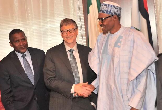 Алико Данготе, основатель Microsoft Билл Гейтс и президент Нигерии Мохаммаду Бухари