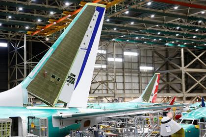 Boeing сократит производство самолетов 737 МАХ после катастроф