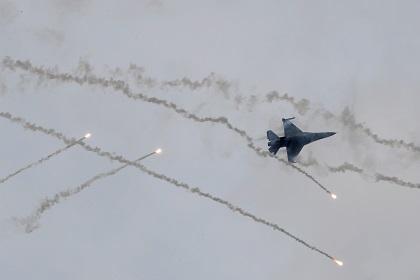 Истребитель подбил сам себя на военных учениях