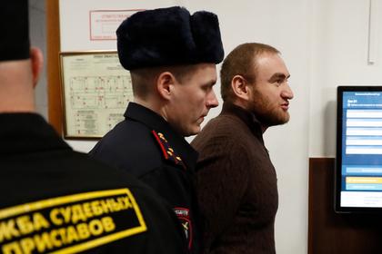 Рауф Арашуков (справа)