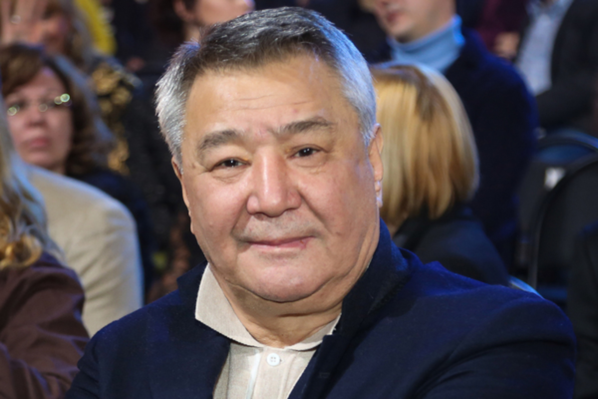Алимжан Тохтахунов