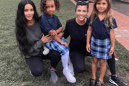 Фанатов удивила школьная обувь племянницы Ким Кардашьян