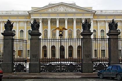 Грабителями Русского музея оказались собиравшие мелочь бомжи