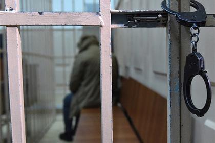 Помощник прокурора задержан с поличным при получении взятки