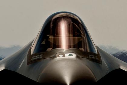 В США заподозрили Россию и Китай в охоте за утонувшим F-35A