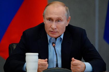 Путин поручил продумать рост субсидий наавиаперевозки вСимферополь