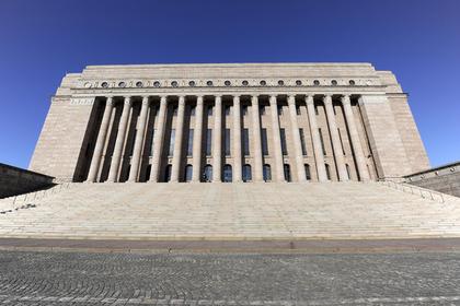 Здание парламента в Хельсинки