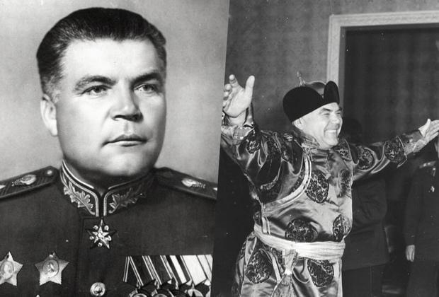 Родион Малиновский начал войну в звании генерал-майора, а закончил маршалом Советского Союза. Звание ему присвоили после успешно спланированных и проведенных Донбасской, Нижне-Днепровской, Запорожской, Никольско-Криворожской, Одесской и других наступательных операций, освобождения Украины и Румынии в сентябре 1944 года.  <br></br> Уникальный снимок 1961 года сделан во время официального визита Малиновского в Монголию. Во время советско-японской войны он действовал совместно с командующим монгольскими войсками маршалом Чойбалсаном.