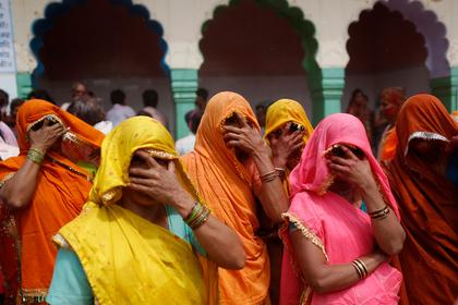 Индийский политик определил убеждения оппонента по цвету нижнего белья