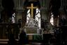 Статуя Пьеты — снятия с креста и оплакивания Христа — традиционный мотив всех католических храмов.