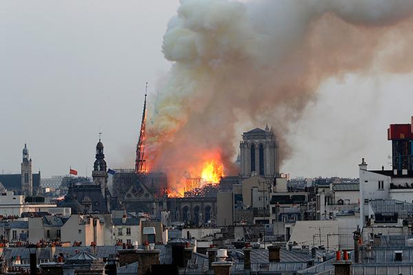 Французская семья пожертвует 100 миллионов евро на восстановление Нотр-Дама