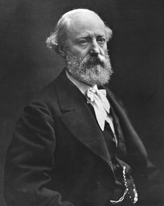 Эжен Виолле-ле-Дюк стал архитектором реставрации, когда ему был всего 31 год. Это позволило ему руководить работами весь период реставрации, который продлился без малого четверть века.