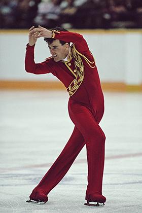 Главным конкурентом Бойтано был другой Брайан —канадец Орсер. Его костюм больше напоминал Щелкунчика. Обратите внимание на красные коньки — Орсер был одним из первых, кто детально продумывал свой облик.