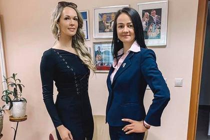 Ольга Глацких (справа)