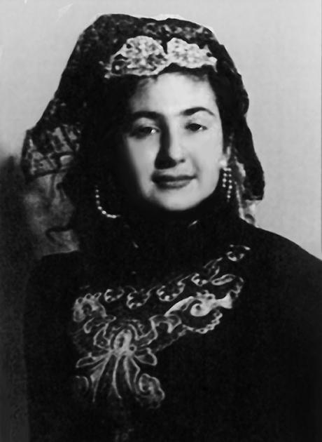 Нами Микоян, мать Стаса Намина, 1948 год