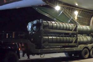 Зенитные ракетные комплексы С-300, доставленные в Сирию в 2018 году