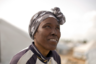 Впрочем, далеко не все как минимум на словах хотят придерживаться строгих порядков. Как рассказала 45-летняя Гэйлон Лоусон из Тринидада и Тобаго, она начала жалеть о своем решении присоединиться к «халифату» еще до того, как добралась до его территории. Это произошло, когда ей пришлось пробираться в темноте через границу Турции и Сирии. «Я увидела бегущих людей и поняла, что это ошибка», — сказала она. <br></br> В Сирию женщина направилась в 2014 году, вскоре после того, как приняла ислам. Вместе с Лоусон был ее 12-летний сын и новый муж, для которого она стала второй женой. Мужчина, судя по всему, сам принял радикальные взгляды, а она лишь последовала за ним. <br></br> Тринидадка отметила, что развелась с мужем вскоре после приезда в Сирию. После ее главной заботой было не допустить, чтобы сына отправили воевать. В итоге его трижды арестовывали за отказ от воинской службы. В результате он был задержан курдскими силовиками после того, как она нарядила его девочкой и вывела из последнего оплота ИГ в Багузе.