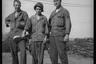 Американские солдаты в армейском полевом лагере. Нидерланды, 1944 год.