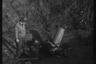 Американский солдат в воронке от разорвавшегося снаряда после обстрела. Нидерланды, 1944 год.