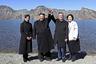 Элегантное черное пальто, водолазка, замшевые сапоги — Ли Соль Чжу на встрече Ким Чен Ына с президентом Южной Кореи Мун Чжэ Ином полностью затмила первую леди страны-соседа Ким Чжон Сук.