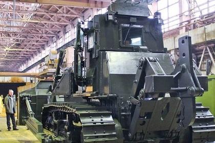 В России соберут первый боевой трактор