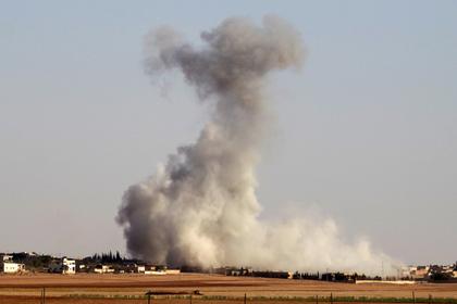 Российская авиация разбомбила боевиков на севере Сирии