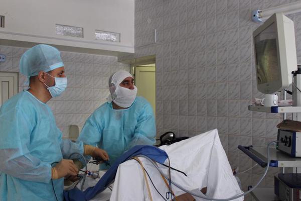 Хирурги Нового Уренгоя освоили новый вид операций против