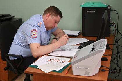 В Луганске начали прием документов на получение российских паспортов