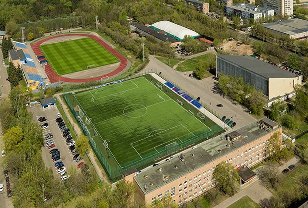 Стадион «Октябрь» в Серебрянному Бору в Москве