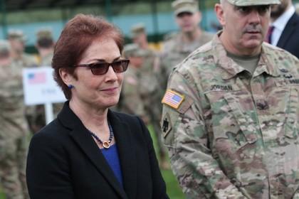 Посол США завершит работу в Киеве