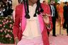 Джереми О. Харрис заплел косички с украшенными цветными шариками резиночками — точь-в-точь младшая школьница из Бронкса.