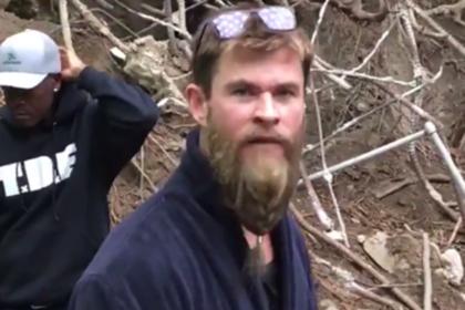 Тор обматерил Капитана Америку в спойлерном видео со съемок «Мстителей»