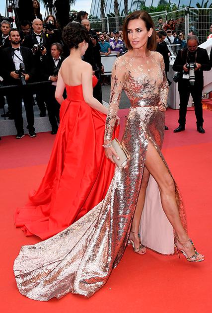 Испанская модель Ньевес Альварес — самая стильная международная звезда по версии Red Carpet Fashion Awards 2013 — на премьере фильма-открытия Каннского фестиваля, «Мертвые не умирают» Джима Джармуша. В прошлом году 45-летняя испанка сама дебютировала как актриса в американской ленте Jolted («Потрясенная»).