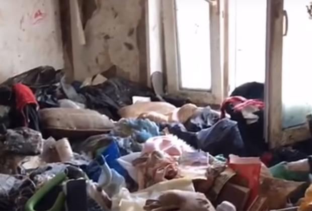 Квартира, в которой была найдена девочка