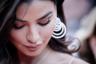 Выросшая в Ираке Рания Фаваз — одна из уже не редких в Канне селебрити, слава которых полностью стала заслугой Интернета и соцсетей. В Instagram на специализирующуюся на моде и косметике, а также постоянно путешествующую по миру девушку подписано более полумиллиона человек.