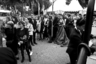 Один из неизменных элементов атмосферы на Каннском фестивале — ошарашивающе гигантские очереди абсолютно на любой показ, будь то официальные премьеры или специальные сеансы исключительно для прессы. Попасть в зал удается далеко не всем желающим.