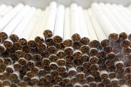 В России нелегально продали миллиарды сигарет