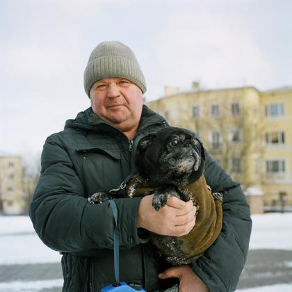 """Петергоф. Один из инициаторов и пропагандистов советского садово-паркового строительства Лазарь Каганович заявлял: «Мы должны сделать так, чтобы дать в эти парки такие же удобства, какие даются в европейских городах, с той """"маленькой"""" разницей, что там этими удобствами пользуются капиталисты, а у нас будут пользоваться пролетарии»."""